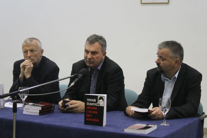 """Predstavljena knjiga """"Hrvatska u raljama djece komunizma"""""""