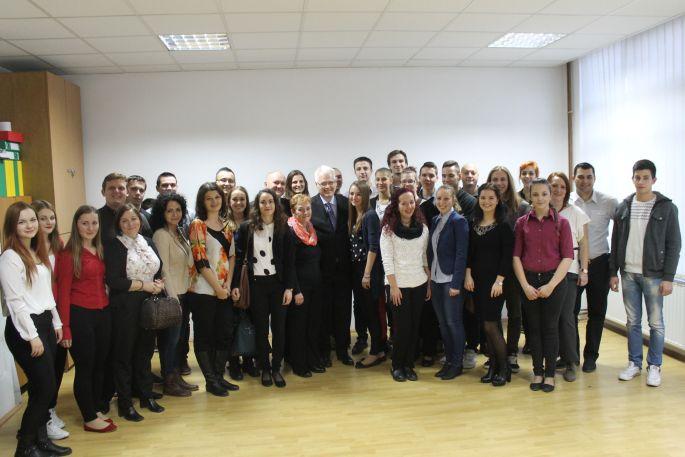 Predsjednik Josipović posjetio Brodski harmonikaški orkestar