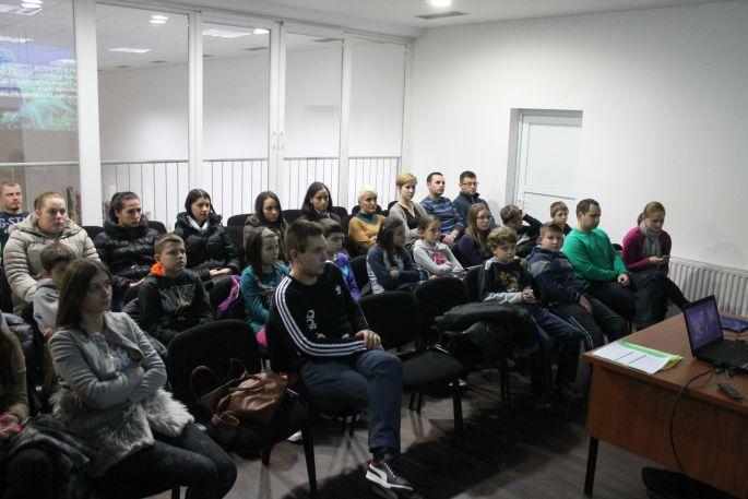 Predavanje o vodenim sportovima u Centru mladih