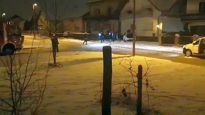 U Slavonskom Brodu golf sletio s ceste i udario u plinsko brojilo, vatrogasci uspjeli zatvoriti plinski ventil