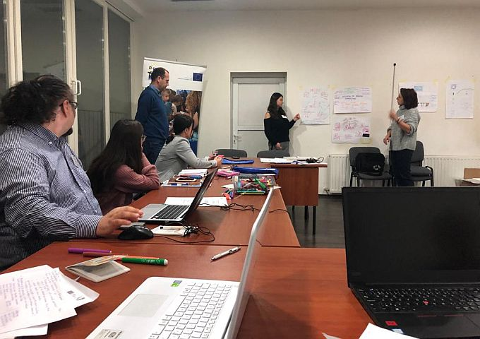 U Slavonskom Brodu održava se trening za trenere u okviru Active Telling, Active Learning
