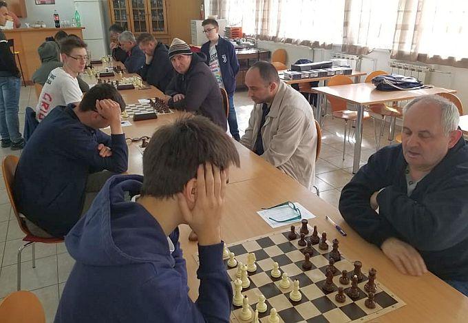 Nastavljaju se kola 3. Hrvatske šahovske lige Istok skupina C