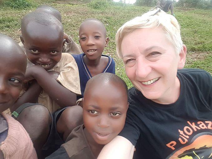 Slavica Ninković Gašparović vratila se iz Ruande:  Nisam ni slutila da će Putokaz za Afriku prerasti u putokaz srca Brođana, Slavonaca, svih ljudi Hrvatske koji želi pomoći