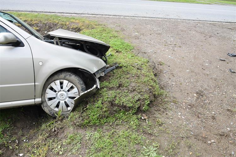 Jutros je u Čajkovcima, u prometnoj nesreći smrtno stradao 44-godišnji muškarac