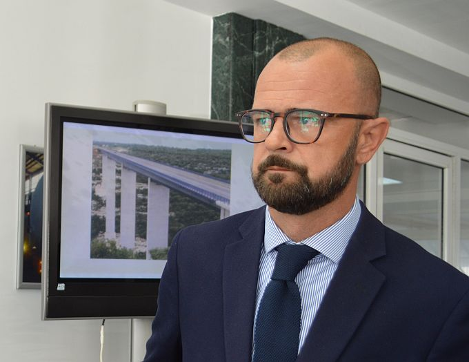 Radnicima Đure ispunjen jedan zahtjev, predsjednik Uprave Marko Bogdanović dao je ostavku, ali računi su danas Đurinim firmama blokirani