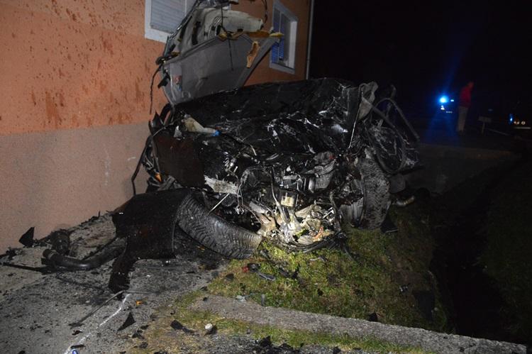 """Analiza tragične nesreće u slavonskom mjestu Dragovci kod Nove Gradiške, vožnja u brzom """"lijesu na kotačima"""""""