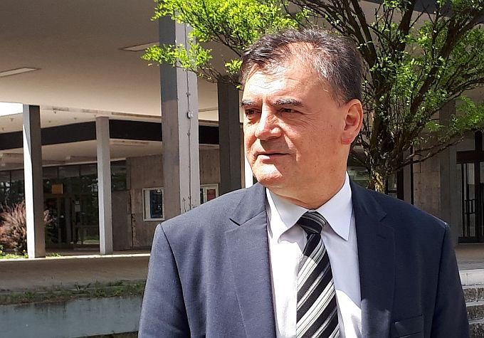 """""""U društvu nepravde, nezadovoljni građani svoja prava mogu s vladajućima komunicirati jedino štrajkom i izlaskom na ulice"""", kazao je u Saboru Davor Vlaović"""