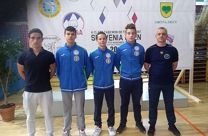 "Mlađi juniori brodskog TKD klub ""Alfa Brod""  u velikoj konkurenciji uspjeli osvojiti medalju"