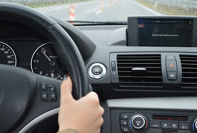 Ipak se kreće: Dosuđena je zatvorska kazna u Hrvatskoj za vraćanje kilometraže vozila!