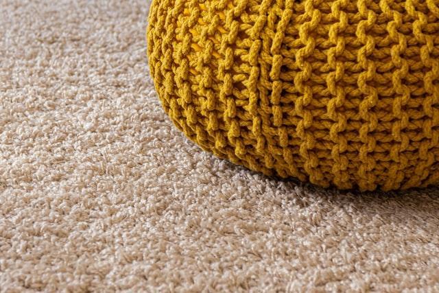 7 metoda uz koje ćeš uspješno ukloniti sve vrste mrlja s tepiha