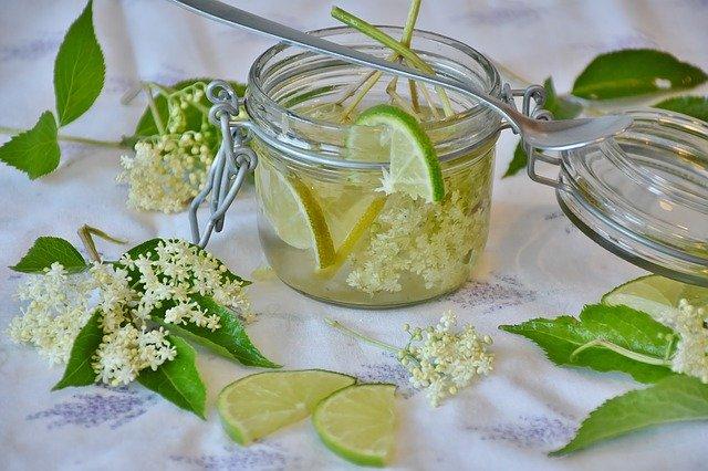 Sok od bazge: Bakin recept za sok s okusom proljeća