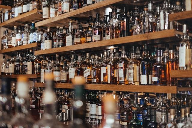 Pod utjecajem alkohola dvojica muškaraca remetili javni red i mir