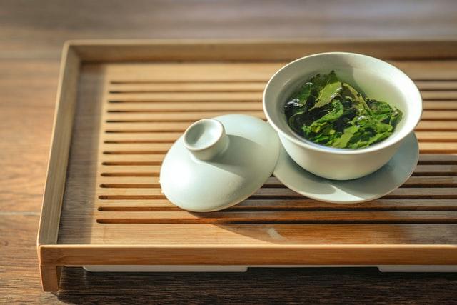 Super napitak sa zelenim čajem i đumbirom za mršavljenje i uži struk