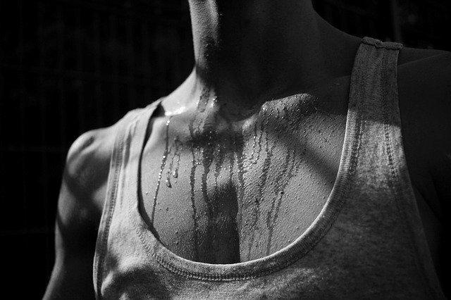 Šest bitnih poruka koje vam tijelo šalje pojačanim znojenjem
