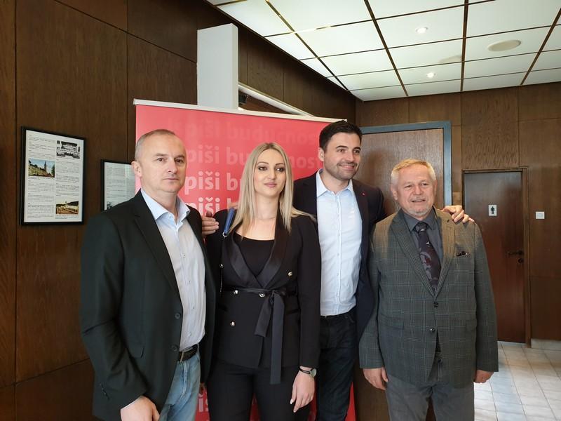 Bernardić se povukao: Raspisujemo nove izbore, Komadina će voditi SDP