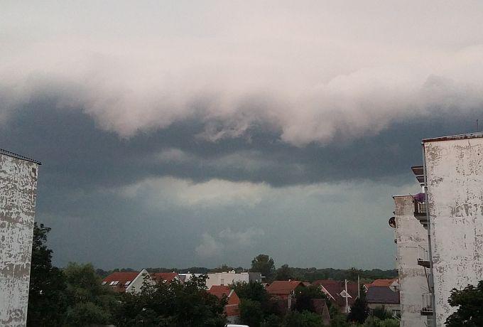 DHMZ izdao narančasto upozorenje, oluja stiže i kod nas