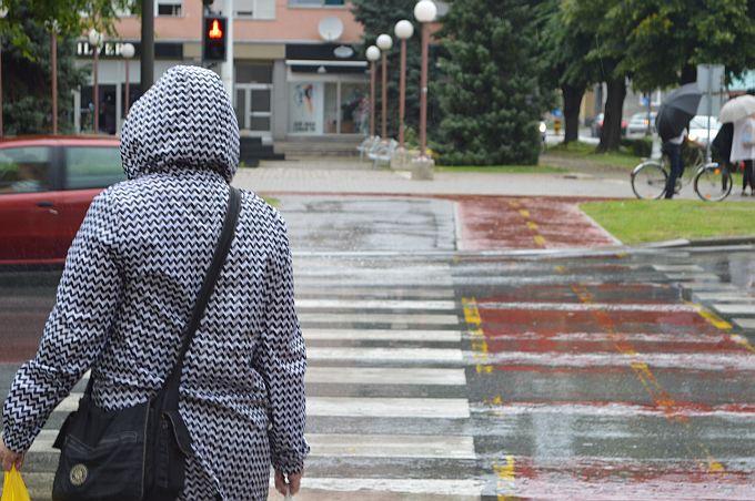 Danas promjenjivo oblačno uz kišu, i sljedećih dana promjenjivo i svježe