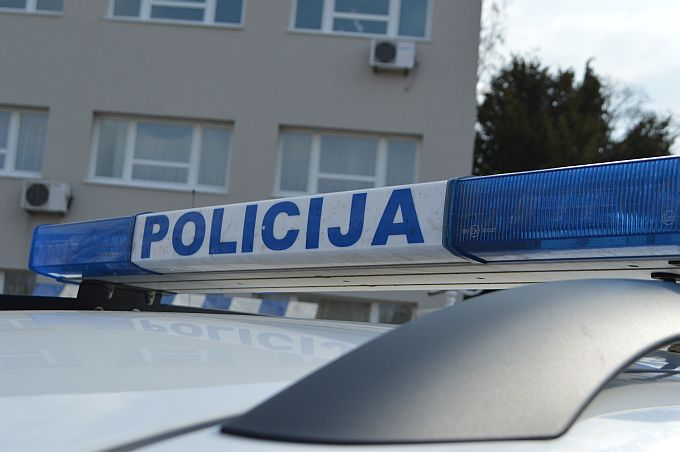 Brodsko-posavski policajci privremeno oduzeli automobile zbog prometnih prekršaja