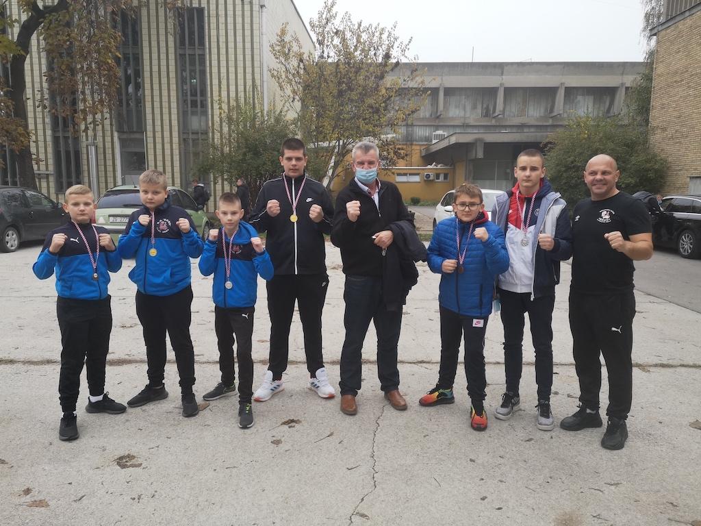 Boksački klub Brod osvojio treće mjesto u 1. Hrvatskoj boksačkoj ligi za mlade