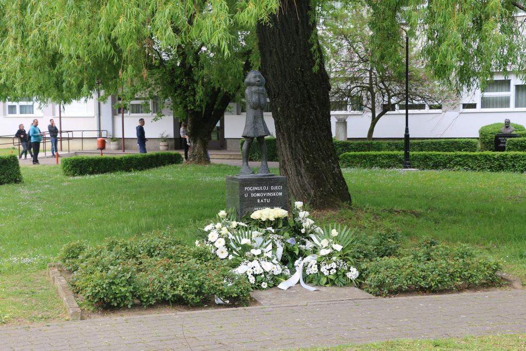 Slavonski Brod prisjeća se jednog od najtežih i najžalosnijih dana tijekom Domovinskog rata