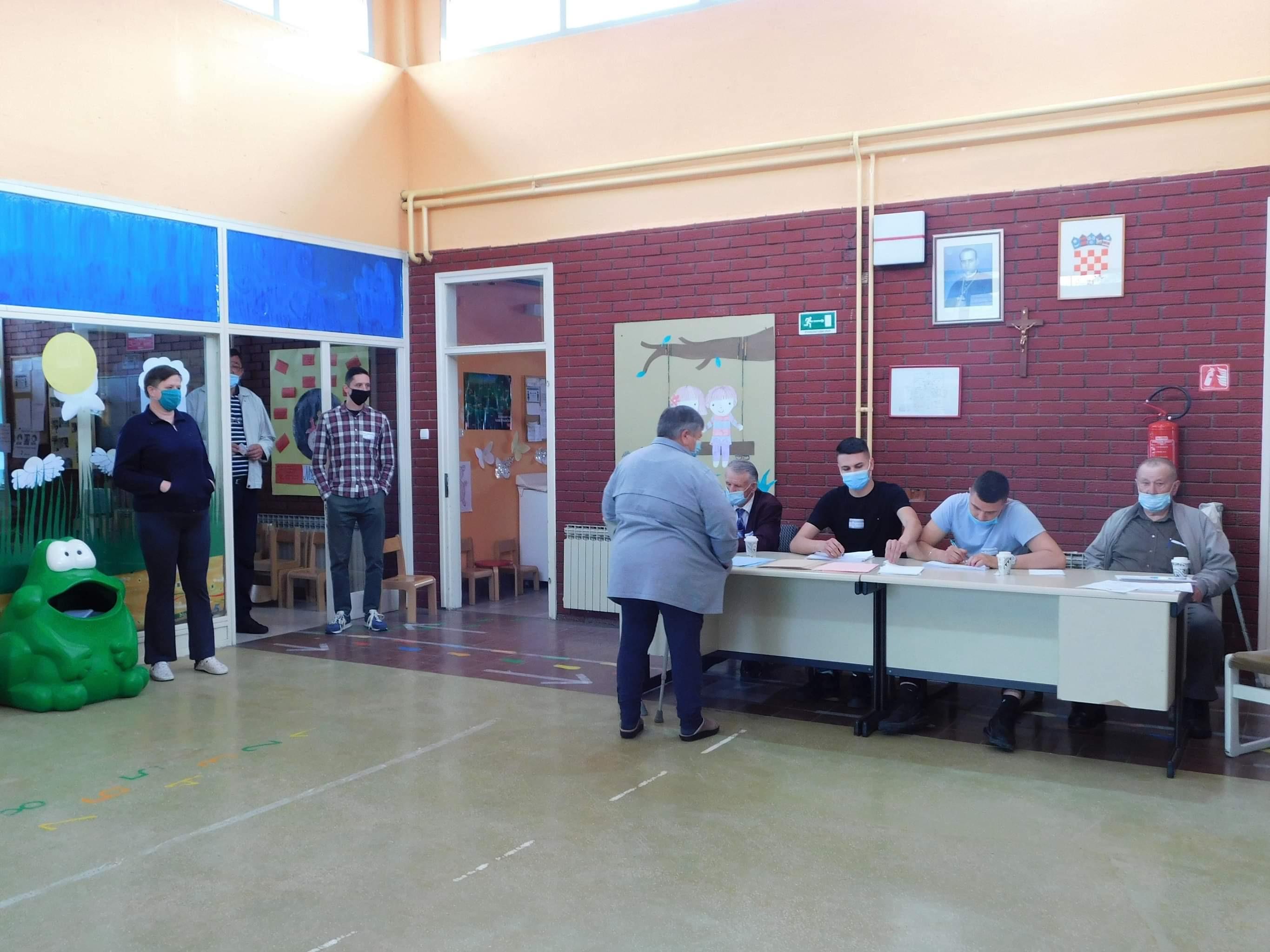 Prvi krug lokalnih izbora je iza nas, evo kako ste glasali